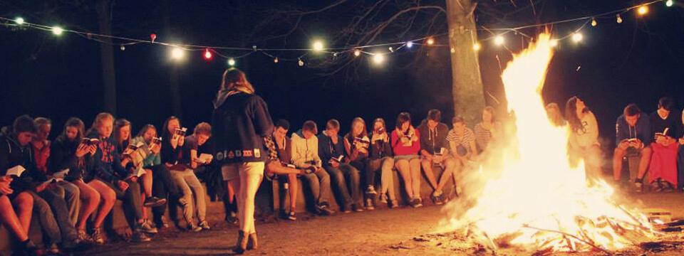 Jonge mensen leren de stilte waarderen